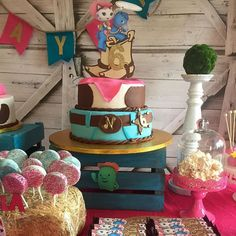 The Wild Wild West #Sheriff Callie #farmhouse #barnyard #party #celebration #handmade party decor #handcrafted goods #birthday #sweets #dominican cake #meringues #oreos #mickeys_cake #events #designer #design #theme creation #stylist  #your experience matters #jodesigns__