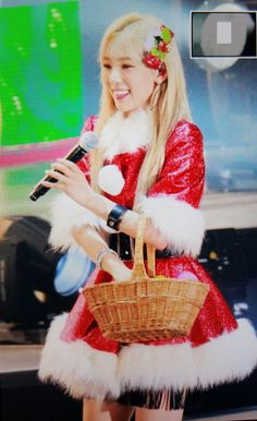 @_with_TaeYeon 151223 Merry Christmas