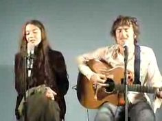 "Sweet Damian Rice and Lisa Hannigan with live acoustic version of ""Volcano."""