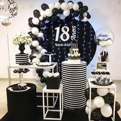 Spongebob Birthday Party, Man Birthday, Birthday Parties, Silver Party Decorations, Birthday Balloon Decorations, Diy Wedding Backdrop, Man Party, Anniversary Parties, Black White
