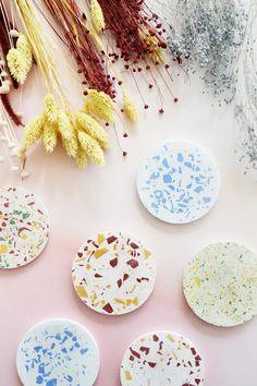 Bonny und Kleid Terrazzo, Diy Coasters, Idee Diy, Diy Kits, Make It Yourself, Fimo, Coaster, Diy