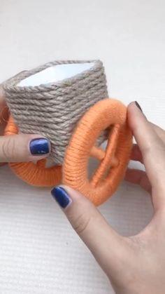 Diy Crafts For Home Decor, Diy Crafts Hacks, Diy Crafts For Gifts, Diy Arts And Crafts, Craft Stick Crafts, Cool Paper Crafts, Paper Flowers Craft, Jute Crafts, Diy Inspiration