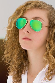 Browse our selection of eyewear in gold frames for sport or fashion wear. American Air, Golden Color, Fashion Wear, Lenses, Mirrored Sunglasses, Shades, Models, Celebrities, Style