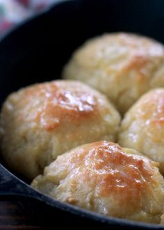 Self-Rising Flour Biscuits are the easiest biscuits you will ever make! The dough for these drop biscuits comes together in less than 10 minutes and uses only 3 ingredients: self-rising flour, salted butter, and milk or buttermilk! Biscuits Self Rising Flour, Buttermilk Biscuit Recipe With Self Rising Flour, Bread Recipe Self Rising Flour, Self Raising Flour Bread, Homemade Biscuits Recipe, Easy Biscuits, Buttermilk Biscuits, Homemade Breads, Aunt Jemima Biscuits Recipe