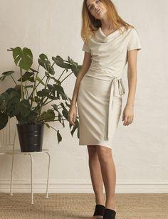 Lily (Moonstruck) (103.35 €) - Residus - | Boozt.com Short Sleeve Dresses, Dresses With Sleeves, Wrap Dress, Lily, Design, Fashion, Moda, Sleeve Dresses, Fashion Styles
