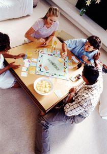 Distreaza Te Cu Aceste Jocuri De Societate Pentru Adulti Si Afla Cum Iti Poti Inveseli