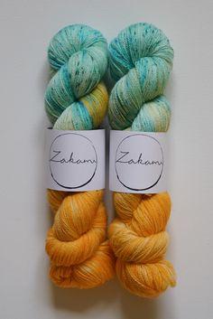 Yarn Color Combinations, Dyeing Yarn, Spinning Wool, Yarn Cake, Yarn Inspiration, Yarn Stash, Yarn Brands, Yarn Projects, Hand Dyed Yarn