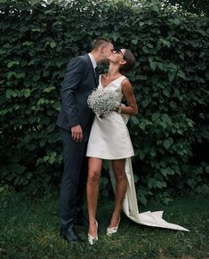 Instagram post by @allneedfashion_ • Jan 2, 2021 at 12:09pm UTC Mini Wedding Dresses, Bridal Dresses, Wedding Dress Blue, Wedding Goals, Dream Wedding, Stylish Couple, Before Wedding, Courthouse Wedding, Bride Gowns