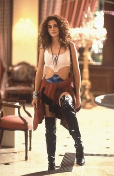 Julia Roberts in Pretty Woman. I want to wear this for Halloween.