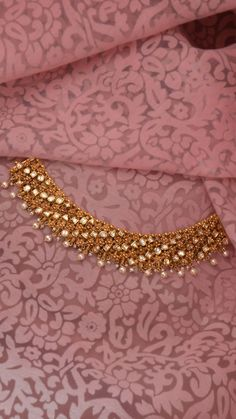 Jewelry OFF! AZVA reversible polki and gold necklace Gold Bangles Design, Gold Jewellery Design, Indian Gold Jewellery, Fancy Jewellery, Fashion Jewellery, Gold Fashion, Fashion Necklace, Gold Jewelry Simple, Trendy Jewelry