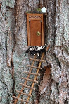 The fairy house tour around the grounds of the Florence Griswold Museumcontinues with photos of some of my favorite structures. Out of 33 very different styles, I found thenaturalistic interpreta...