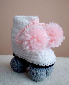 Crochet roller skate booties - DIY