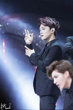 [HQ] EXO @ 28th Golden Disk Awards, fantaken, 140116 - Minus