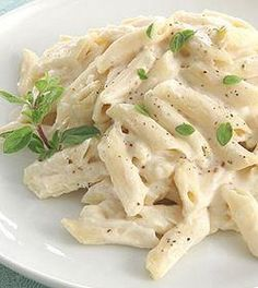 see i have made white sauce pasta in indian style with lots of spices and a soothing flavour . sometimes white sauce pasta lack in flavours but by adding indian spices , it taste awesome . Pasta Recipes, Dinner Recipes, Cooking Recipes, Recipe Pasta, Ic Recipes, Cooking Pasta, Sauce Recipes, Pasta Alfredo, Chicken Alfredo