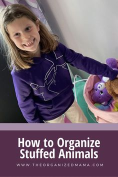 The Organized Kids are sharing the easiest way for organizing stuffed animals and how we keep them tidy. We share stuffed animal decluttering tips and how to organize the stuffed animals you are keeping. Follow The Organized Mama for more decluttering and organizing tips! Kids Bedroom Organization, Playroom Storage, Small Space Organization, Playroom Organization, Organization Hacks, Organizing Stuffed Animals, Doll Storage, Small Playroom, Large Stuffed Animals
