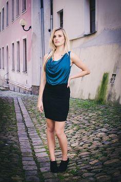 http://www.fashionplace.cz/e-shop/product/329-ichi-damske-elegantni-saty-62014006