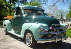 Chevy ½ ton SWB 3100 series, popular in the 1940's, early 1950's.