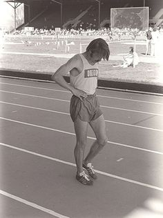 """""""A lot of people run a race to see who is the fastest. I run to see who has the most guts, who can punish himself into exhausting pace, and then at the end, push himself even more.""""  —Quite simply, the essence of Pre's racing style.   Read more at http://running.competitor.com/2015/05/photos/14-great-steve-prefontaine-quotes_127591#AWGktWQcLYXtmlZM.99"""