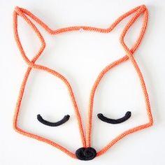 Uma raposa para o quartinho do pequeno Raphael! #instakids #instababy #instadecor #tricot #handmade
