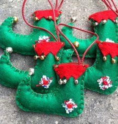 Elf Shoe Felt Ornament, www.etsy.com/shop/ patsfabriccreations