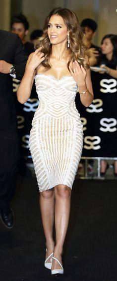 Jessica Alba in Zuhair Murad spring 2013 #dress & Christian Louboutin  pumps @ social star awards 2013 in Singapore