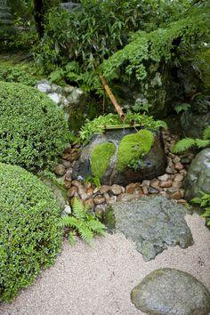 Adachi Japanese garden Japan Backyard Water Feature, Ponds Backyard, Garden Features, Water Features, Adachi Museum Of Art, Japan Garden, Garden Fountains, Japanese Gardens, Japanese Aesthetic
