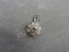 Olga Jewels - Zilveren Zeeuwse knop hanger