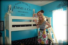 Little Lovables: Inspired Room: Bedroom at Tiffany's How clever is the Return to Tiffany's?