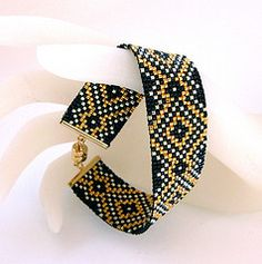 # bracelet perles noir et or