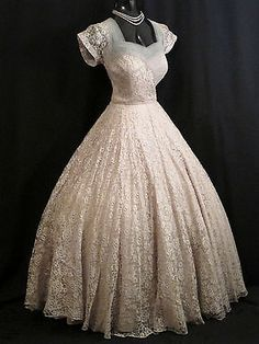 Vintage 1950's 50s Beaded Pearll Oyster Blue Tulle Lace Prom Party Wedding Dress