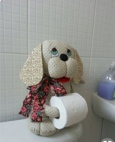 Стена | ВКонтакте Diy Toilet Paper Holder, Toilet Roll Holder, Sewing Art, Sewing Crafts, Sewing Projects, Cat Crafts, Diy And Crafts, Felt Coasters, General Crafts