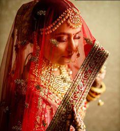 Bride Photography, Indian Wedding Photography, Photography Ideas, Portrait Photography, Bridal Poses, Bridal Photoshoot, Disney Wedding Dresses, Wedding Outfits, Pakistani Bridal Dresses