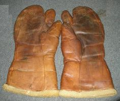 1944 US Air Force aviation gloves