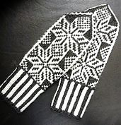 Ravelry: LIV Votter pattern by Fru Soleng