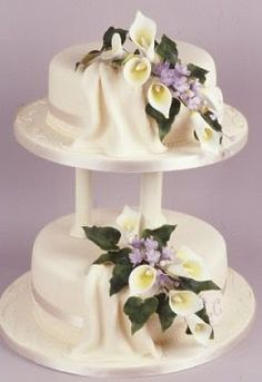 Wedding Hairstyles Dresses Cakes Invitations: Wedding Cakes With Roses And Calla Lilies