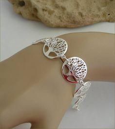 Silver tree woman bracelet bracelet-gourmette argent arbre Tree Woman, Alex And Ani Charms, Bracelets, Charmed, Silver, Jewelry, Women, Arm Warmers, Jewels