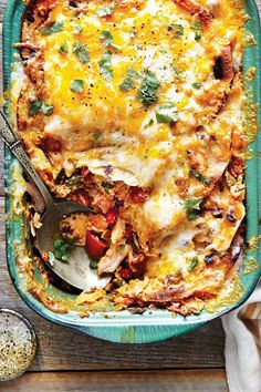 Hailing from an era when casseroles were king, this Tex-Mex dish still reigns supreme at church suppers and neighborhood potlucks. Mexican Food Recipes, Dinner Recipes, Lunch Recipes, Hotdish Recipes, Ranch Chicken Recipes, The Ranch, Food Dishes, Main Dishes, Clean Eating Snacks