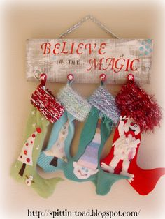 Spittin Toad: Christmas Stocking Hanger / Holder - Inspiration only Christmas Wood, Christmas Signs, Christmas Projects, Winter Christmas, Christmas Time, Christmas Decorations, Christmas Morning, Holiday Decorating, Merry Christmas