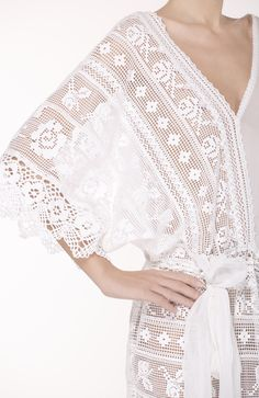 white lace Crochet Blouse, Crochet Lace, Estilo Fashion, Fantasy Dress, Beautiful Blouses, Gorgeous Fabrics, Little Dresses, Happy Girls, Dream Dress