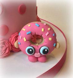 'D'Lish Donut' Shopkins fondant cake decoration......