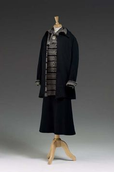 """DRESS SUIT  CIRCA 1925-1929  Gabrielle """". Chanel (French, 1883 - 1971)  House of Chanel (France, 1913 - present)  Manufacturer/Studio"""