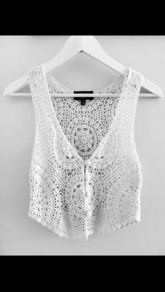 ivory crochet vest boho chic- i woud wear this backwards Crochet Bolero, Gilet Crochet, Crochet Tank, Crochet Jacket, Knit Jacket, Cute Fashion, Look Fashion, Fashion Outfits, Fashion Music