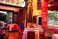 """La Bodega Restaurante Mexicano: Popocatépetl 25, Esq. Amsterdam Col. Condesa Mexico City. Colores """"mexicano"""""""