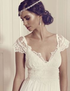 Vintage New Wedding Dresses V Neck Sleeve Princess Lace Boho Bridal Gown Custom