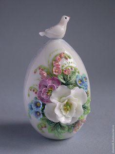 Купить Пасхальное яйцо с голубем в интернет магазине на Ярмарке Мастеров