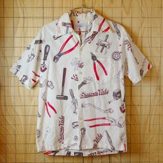 【SurfLine】70sビンテージ古着Snap-onTools総柄プリントハワイアン・アロハシャツ 70s Shirts, Fashion Terms, Bowling Shirts, Aloha Shirt, Casual Tops For Women, Summer Shirts, Tee Design, Apparel Design, Simple Outfits