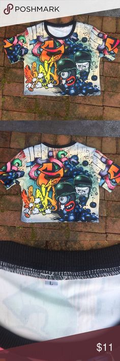 92c8a2c276e Graffiti Crop Top AWESOME Graffiti Croptop -worn like once 😅 - goes great  with a