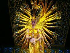Dia 14, às 20h, o Memorial da América Latina, no auditório Simón Bolívar, um grande musical comemora a chegada do Ano Novo Chinês. A entrada é Catraca Livre.