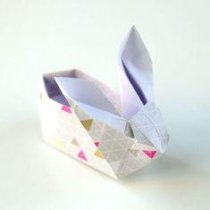 Aprenda a seguir como fazer minicestinha de Páscoa de origami passo a passo, para presentear quem você quiser e fazer o maior sucesso. Seus ovinhos vão ficar ainda mais encantadores nesta diferente cesta de Páscoa. Minicestinha de Páscoa de Origami Passo a Passo Para fazer este fofo artesanato de Páscoa você irá precisar de: …