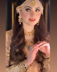Pakistani Bridal Hairstyles, Pakistani Bridal Makeup, Pakistani Wedding Outfits, Indian Bridal Fashion, Bridal Outfits, Pakistani Makeup Looks, Bridal Makeup Videos, Bridal Makeup Images, Bridal Makeup Looks